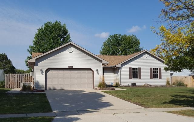 405 Rosewood Drive, ST. JOSEPH, IL 61873 (MLS #09759026) :: Littlefield Group