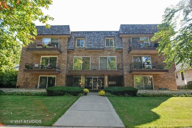 69 Lincoln Avenue #7, Riverside, IL 60546 (MLS #09759371) :: The Wexler Group at Keller Williams Preferred Realty