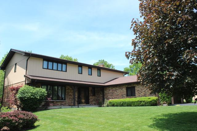 8250 Kearney Road, Downers Grove, IL 60516 (MLS #09759639) :: Lewke Partners