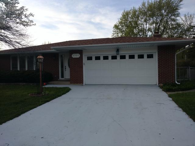 1764 E Camp Mcdonald Road, Mount Prospect, IL 60056 (MLS #09759756) :: Helen Oliveri Real Estate