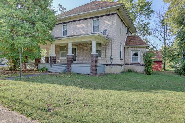 202 E Franklin Street, Fisher, IL 61843 (MLS #09760388) :: Littlefield Group