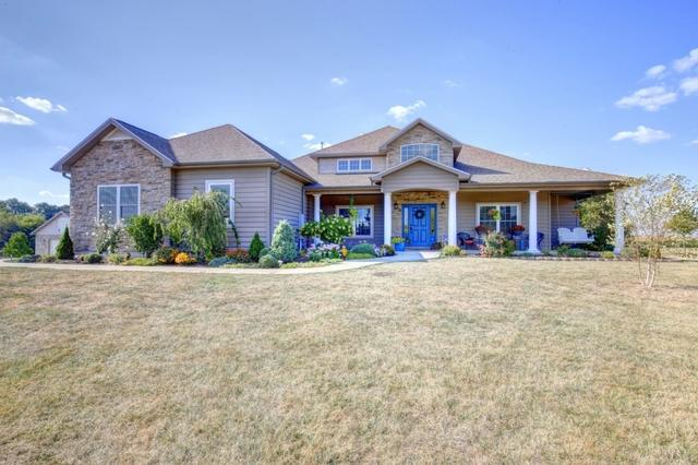 2 Kirby Court, MONTICELLO, IL 61856 (MLS #09760542) :: Littlefield Group