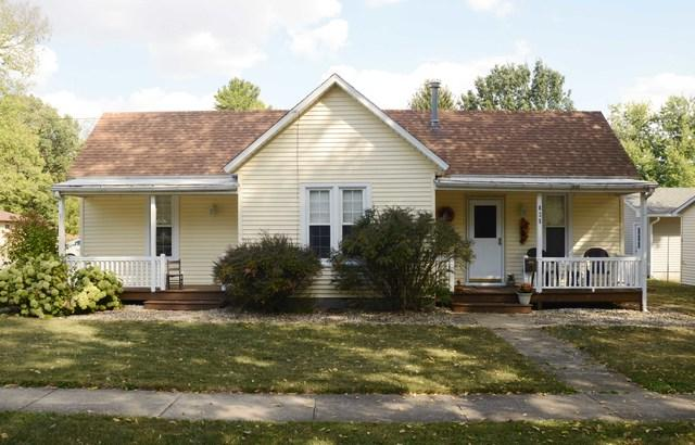 625 Colfax Street, MONTICELLO, IL 61856 (MLS #09760838) :: Littlefield Group