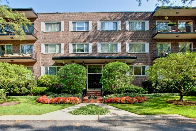 90 Franklin Place E #206, Lake Forest, IL 60045 (MLS #09761806) :: Domain Realty