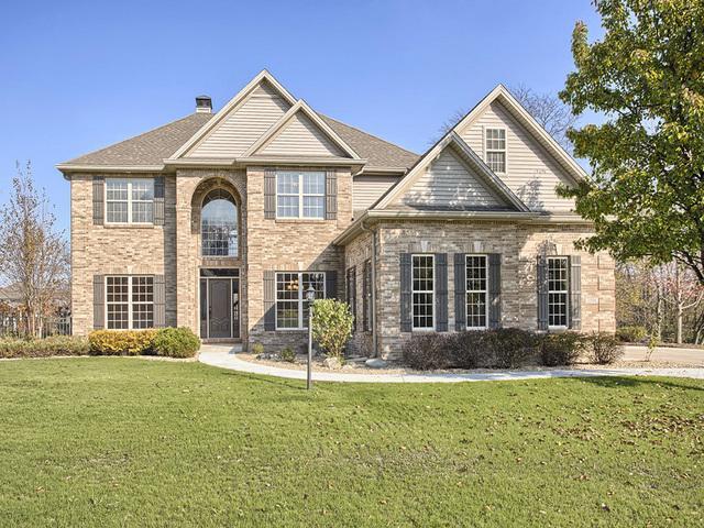 1506 E Ridgefield Drive, Mahomet, IL 61853 (MLS #09763841) :: Littlefield Group