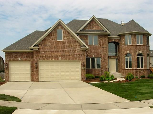 28 Pinnacle Court, Naperville, IL 60565 (MLS #09764530) :: Baz Realty Network | Keller Williams Preferred Realty