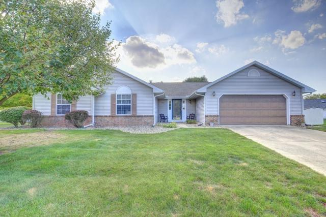 403 Chestnut Drive, ST. JOSEPH, IL 61873 (MLS #09774138) :: Littlefield Group
