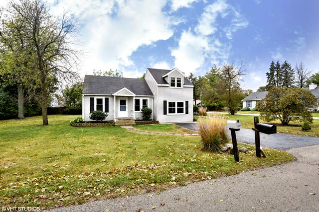 1345 Ivy Lane, Crystal Lake, IL 60014 (MLS #09776491) :: Key Realty