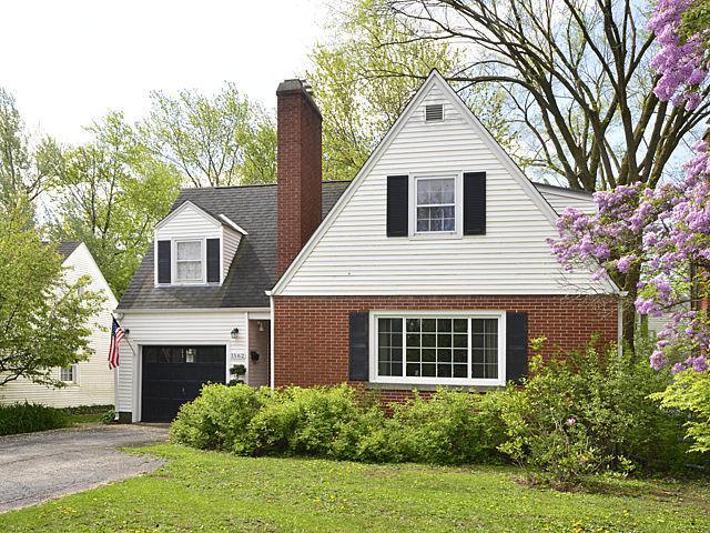 1562 Willow Road, Northfield, IL 60093 (MLS #09776828) :: Helen Oliveri Real Estate