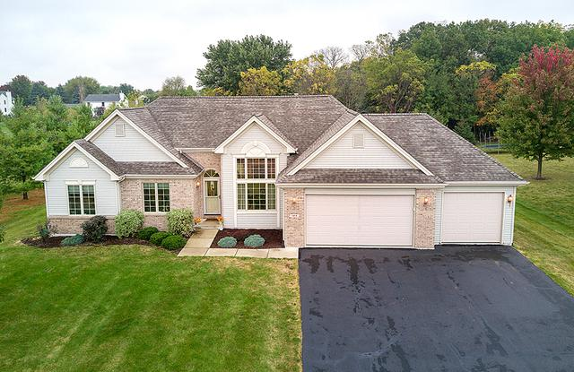 124 Boeing Trail, Poplar Grove, IL 61065 (MLS #09777107) :: Key Realty