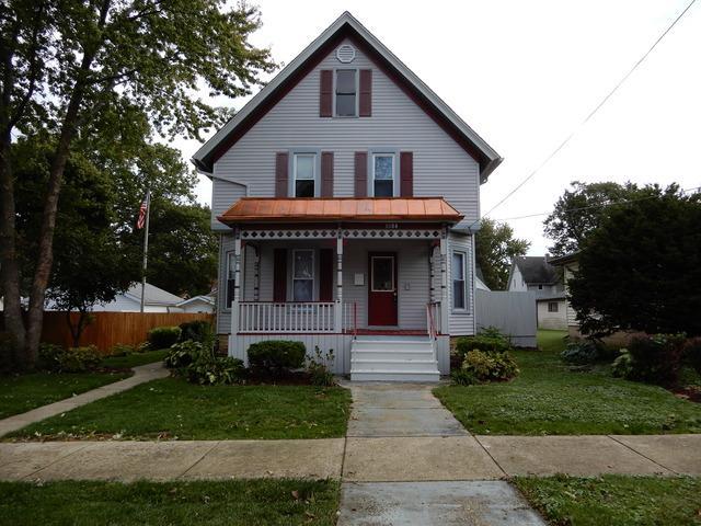 1004 Caswell Street, Belvidere, IL 61008 (MLS #09777344) :: Key Realty