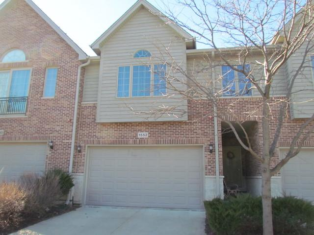1552 Stonegate Manor, Mount Prospect, IL 60056 (MLS #09777931) :: The Schwabe Group