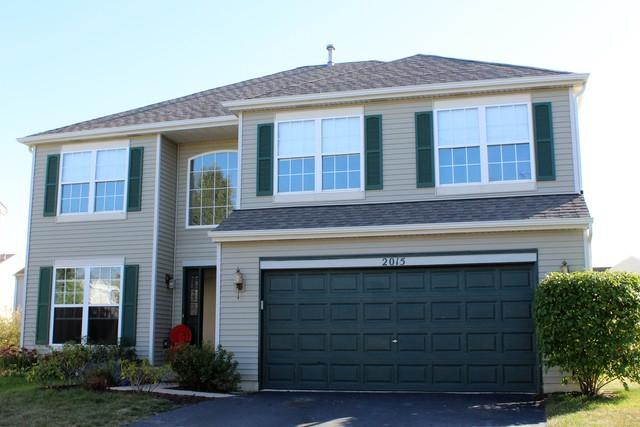 2015 Heatherstone Lane, Plainfield, IL 60586 (MLS #09777996) :: Angie Faron with RE/MAX Ultimate Professionals