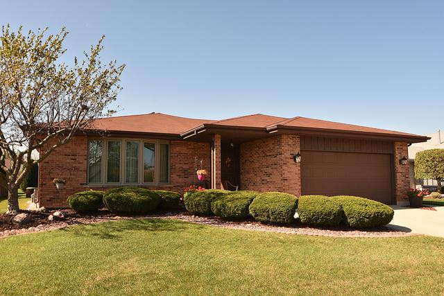 15548 Chapel Hill Road, Orland Park, IL 60462 (MLS #09778303) :: Baz Realty Network | Keller Williams Preferred Realty