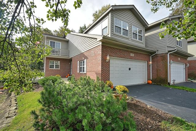135 Willow Creek Lane, Willow Springs, IL 60480 (MLS #09778577) :: The Wexler Group at Keller Williams Preferred Realty