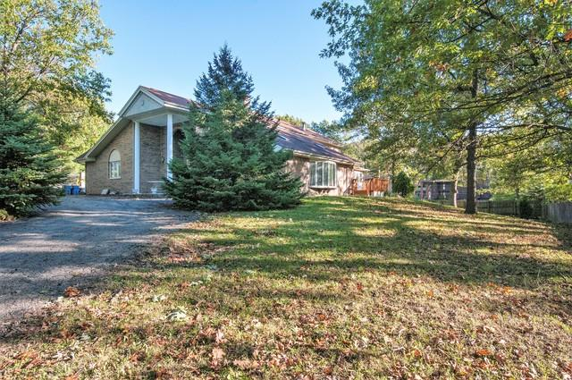 8951 W 99th Street, Palos Hills, IL 60465 (MLS #09779236) :: The Wexler Group at Keller Williams Preferred Realty