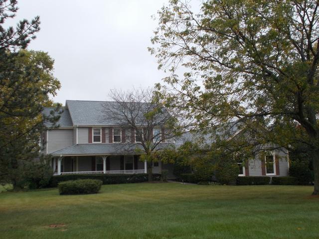 6319 Deerwood Drive, Crystal Lake, IL 60012 (MLS #09779858) :: Key Realty
