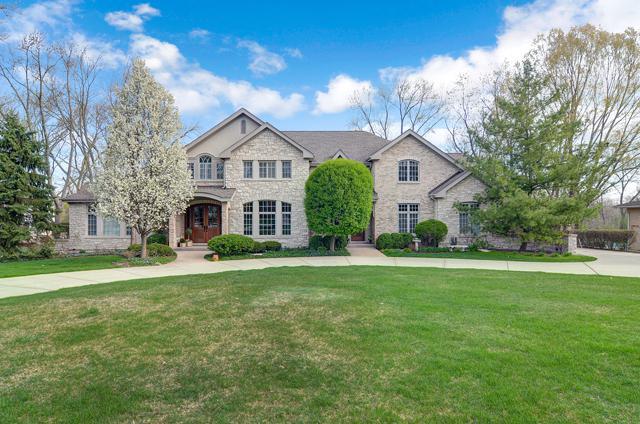 512 Ridgemoor Drive, Burr Ridge, IL 60527 (MLS #09779956) :: The Wexler Group at Keller Williams Preferred Realty