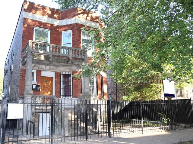 725 N Ridgeway Avenue, Chicago, IL 60624 (MLS #09780981) :: The Perotti Group