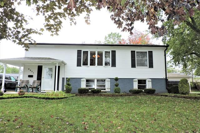 8901 Golfview Drive, Orland Park, IL 60462 (MLS #09781423) :: The Wexler Group at Keller Williams Preferred Realty