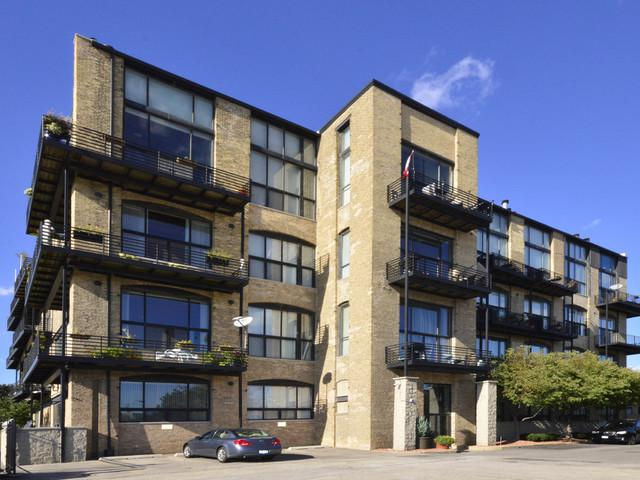 2614 N Clybourn Avenue #109, Chicago, IL 60614 (MLS #09781517) :: Littlefield Group