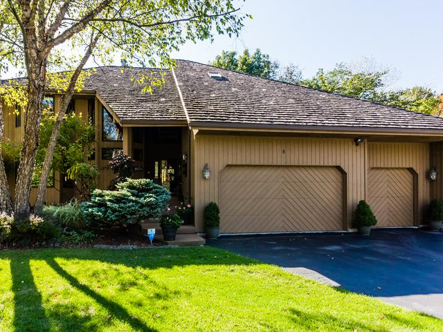 5 Genesee Court, Bolingbrook, IL 60440 (MLS #09781571) :: The Wexler Group at Keller Williams Preferred Realty