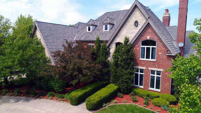 2 Hillcrest Court, Burr Ridge, IL 60527 (MLS #09782081) :: The Wexler Group at Keller Williams Preferred Realty