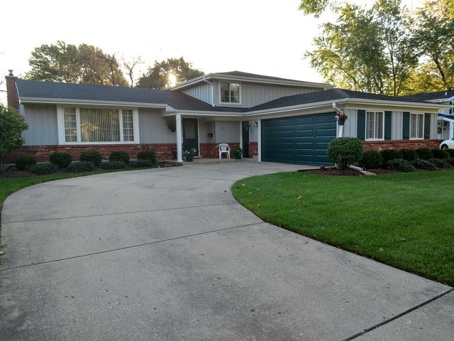 915 N Hedgewood Drive, Palatine, IL 60074 (MLS #09782578) :: The Jacobs Group