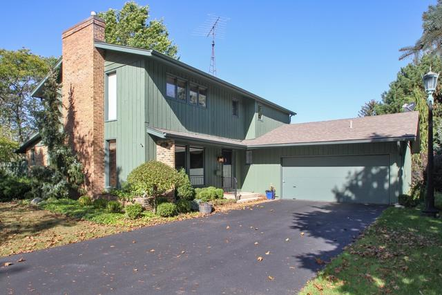 662 Margaret Drive, Woodstock, IL 60098 (MLS #09782599) :: Lewke Partners