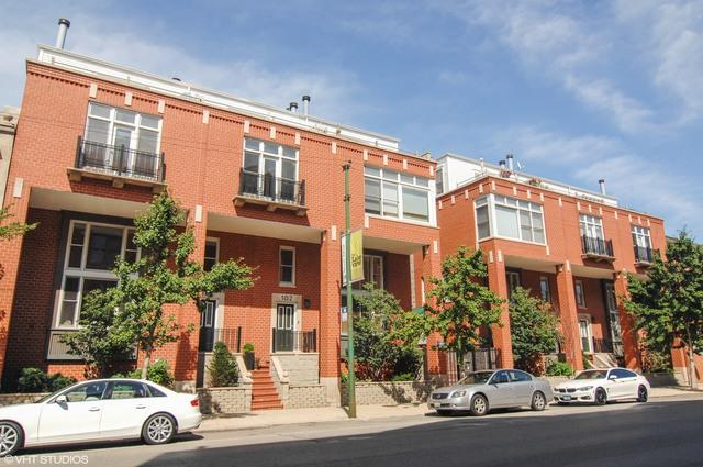 2843 N Lincoln Avenue #209, Chicago, IL 60657 (MLS #09782957) :: Property Consultants Realty