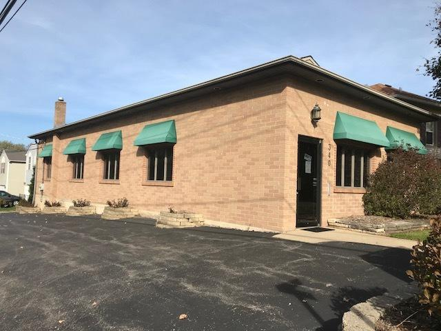 340 Short Street, Woodstock, IL 60098 (MLS #09783335) :: Lewke Partners