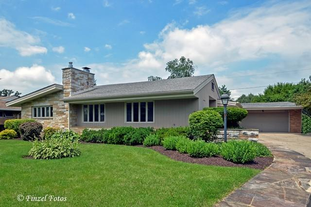 72 Dole Avenue, Crystal Lake, IL 60014 (MLS #09783941) :: Lewke Partners