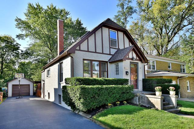 8127 W 26th Street, North Riverside, IL 60546 (MLS #09790270) :: Domain Realty