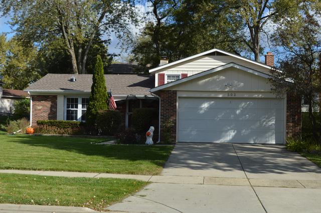 302 University Drive, Buffalo Grove, IL 60089 (MLS #09790859) :: Lewke Partners