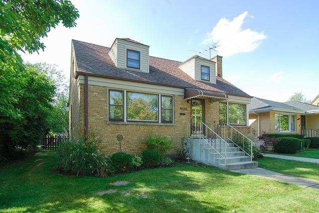 2326 S 5th Avenue, North Riverside, IL 60546 (MLS #09792724) :: Domain Realty