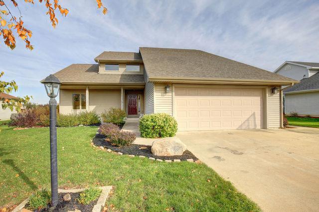 1710 E Grand Avenue, ST. JOSEPH, IL 61873 (MLS #09793508) :: Ryan Dallas Real Estate