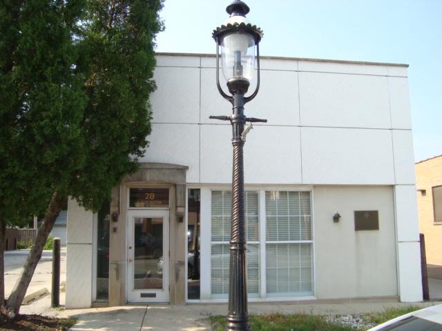 28 Burlington Street, Riverside, IL 60546 (MLS #09795231) :: The Wexler Group at Keller Williams Preferred Realty