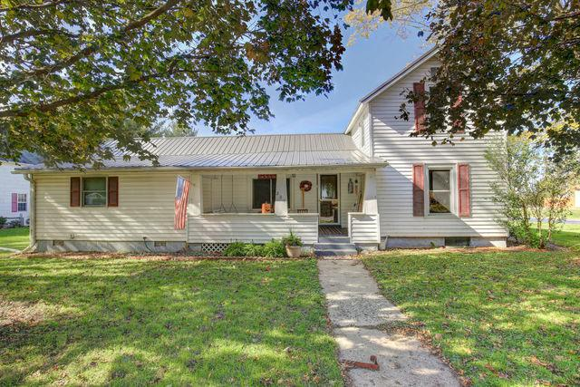 201 S Jackson Street, PHILO, IL 61864 (MLS #09795747) :: Littlefield Group
