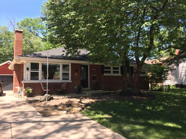 1219 N Eagle Street, Naperville, IL 60563 (MLS #09797540) :: The Wexler Group at Keller Williams Preferred Realty
