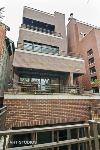 1044 N Wolcott Avenue #2, Chicago, IL 60622 (MLS #09797699) :: Property Consultants Realty