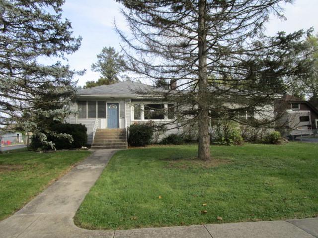 111 Lincoln Avenue, Fox River Grove, IL 60021 (MLS #09798013) :: Lewke Partners