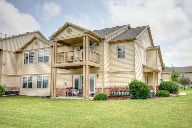3856 Thornhill Circle #3856, Champaign, IL 61822 (MLS #09798215) :: Littlefield Group