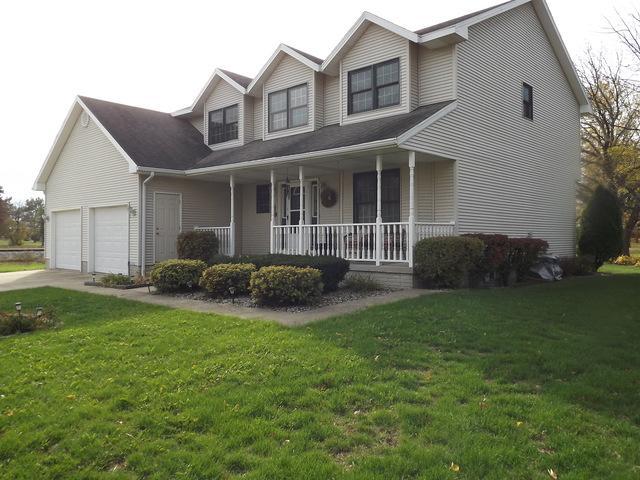 125 Gray Drive, Gilman, IL 60938 (MLS #09798941) :: The Dena Furlow Team - Keller Williams Realty