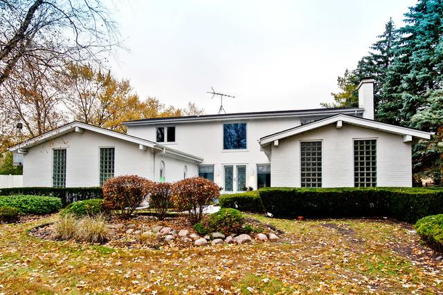 2560 The Strand, Northbrook, IL 60062 (MLS #09800752) :: Lewke Partners