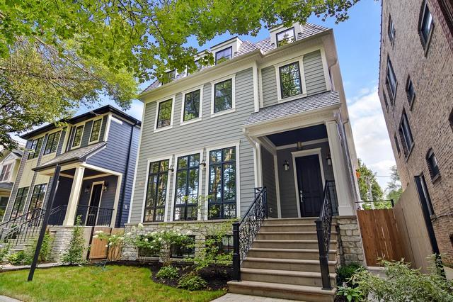 2121 W Eastwood Avenue, Chicago, IL 60625 (MLS #09801124) :: Carrington Real Estate Services