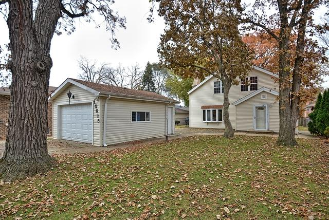 10615 S 82ND Avenue, Palos Hills, IL 60465 (MLS #09801494) :: The Wexler Group at Keller Williams Preferred Realty