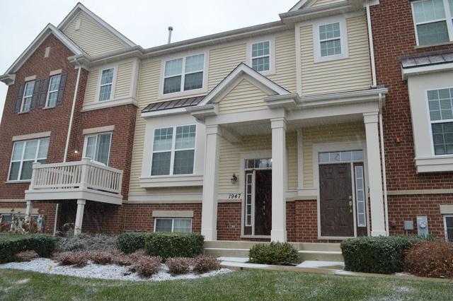 1947 Potomac Court, Wheeling, IL 60090 (MLS #09801497) :: Helen Oliveri Real Estate