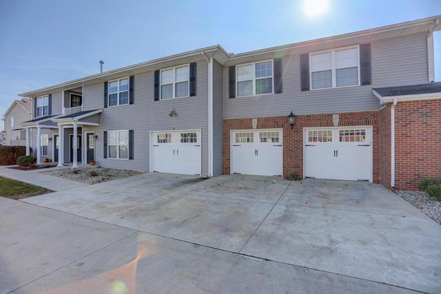 104 Essex Lane #2, Savoy, IL 61874 (MLS #09801750) :: Littlefield Group