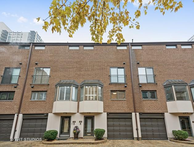 1308 N Sutton Place, Chicago, IL 60610 (MLS #09801776) :: Property Consultants Realty