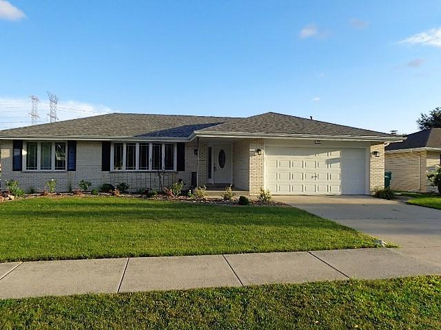 7501 Hemlock Drive, Orland Park, IL 60462 (MLS #09801938) :: The Wexler Group at Keller Williams Preferred Realty